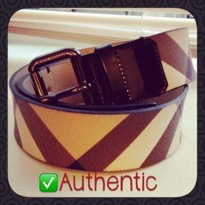 ✔️authentic Burberry belt
